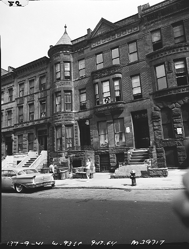 "137 West 93rd Street on the Upper West Side of Manhattan, part of the West Side Urban Renewal Area. The sign says: ""New York City Housing Authority. Renting of Rooms or Apartments Prohibited.""  ID# 02.003.39717"
